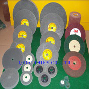 BNX03 - non woven polishing wheel